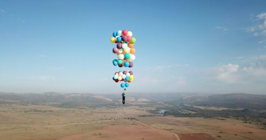Video Of The Week — British Adventurer Soars In The Skies Using Helium Balloons