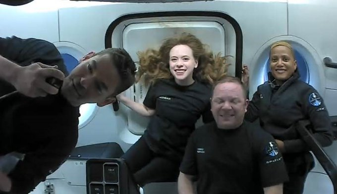 SpaceX's All-Civilian Inspiration4 Crew Completes Historic Mission