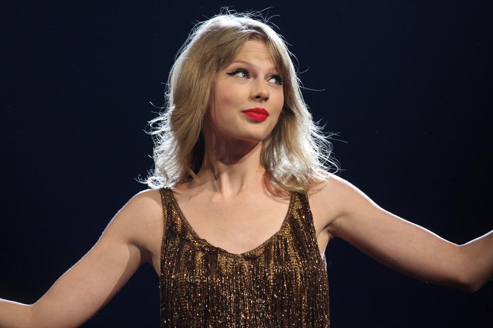Taylor Swift - Music Diva Turned Crusader