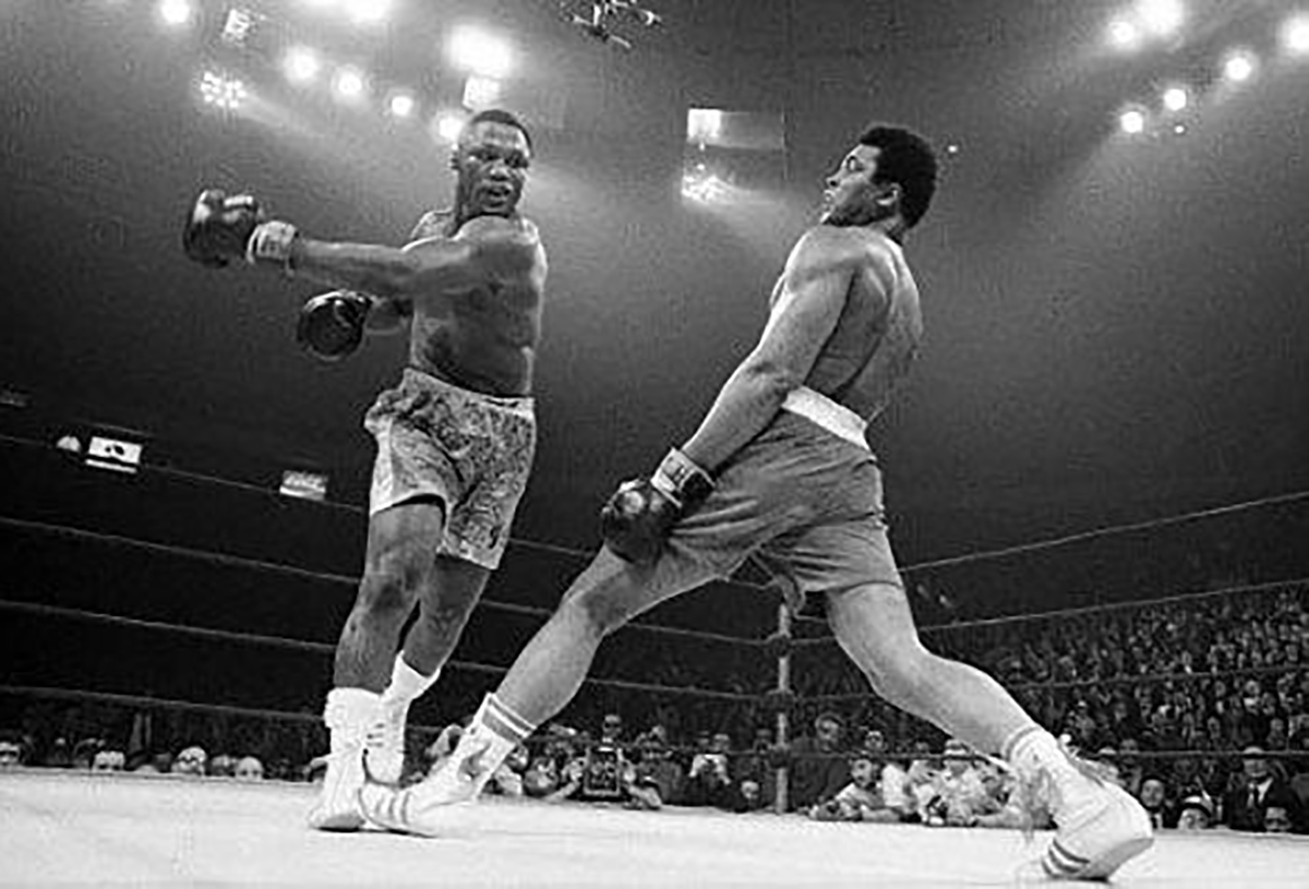 "Joe Frazier & Muhammad Ali In the ""Fight of the Century"" March 8, 1971"