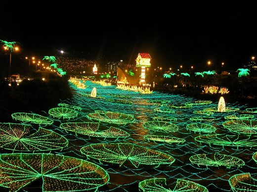 Five Incredible Christmas Light Displays From Around The World