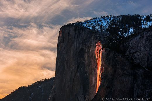 "Yosemite National Park Waterfall Transforms Into A Mesmerizing ""Firefall"" Every February"