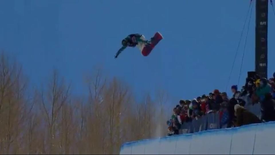 Teenage Sensation Chloe Kim Snowboards Her Way To Olympic Gold
