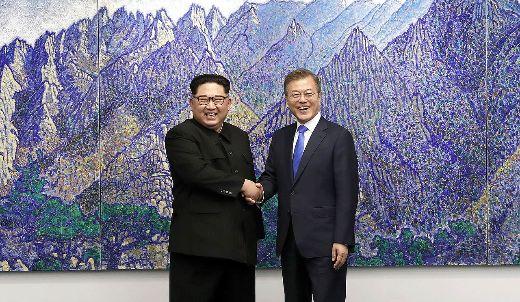 1280px-2018_inter-korean_summit_01-medium
