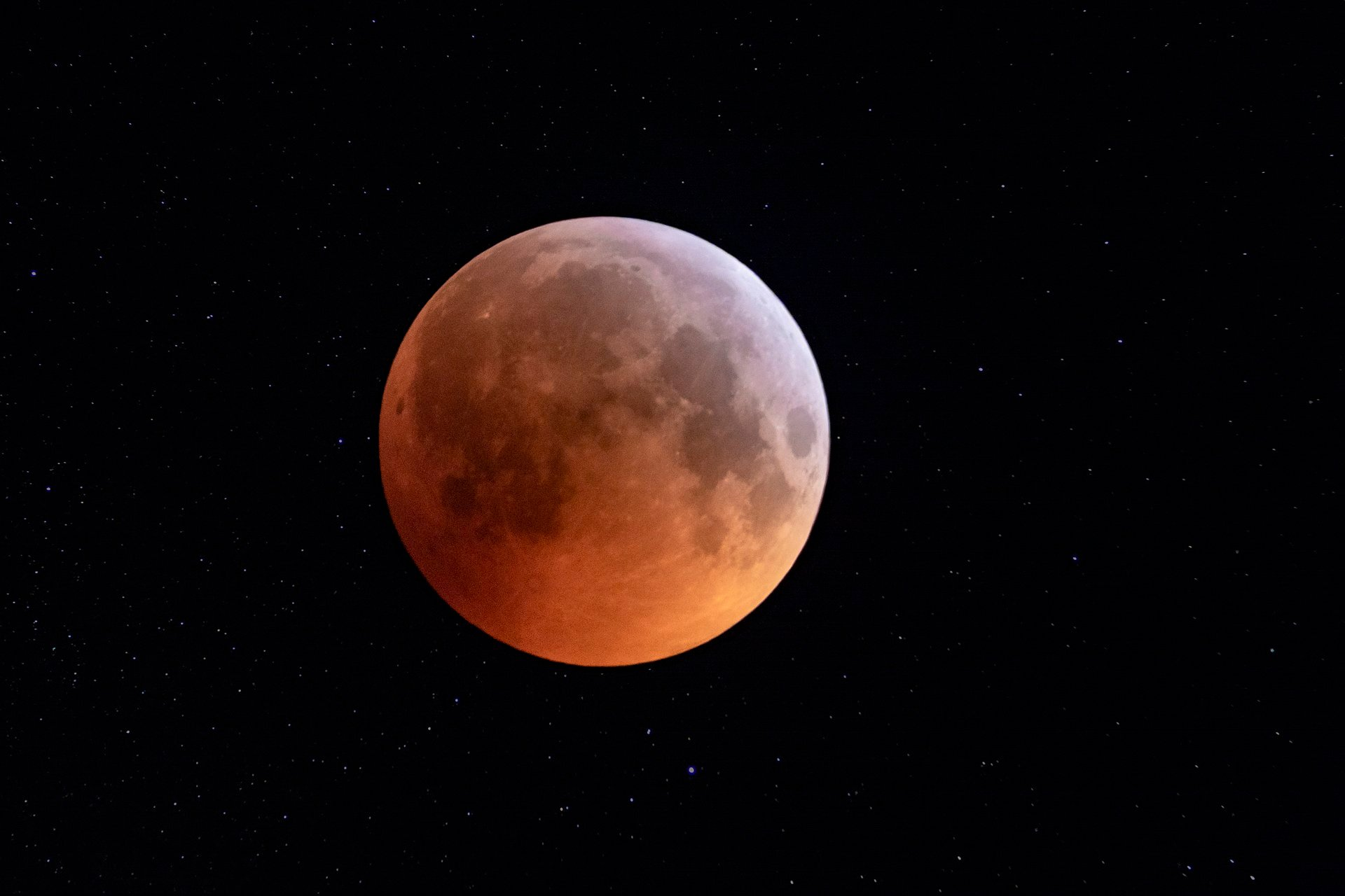 "Don't Miss The ""Super Blood Moon"" Eclipse On May 26"