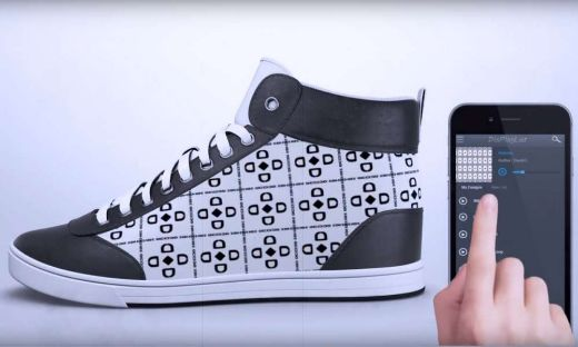 Sneakers That Can Be Customized On The Go? Sweet!