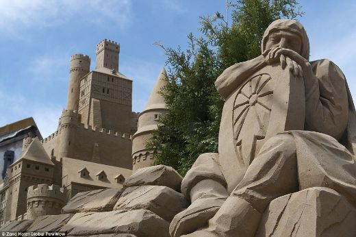 Netherlands Is Home To The World's First Pop-Up Sandcastle Hotels