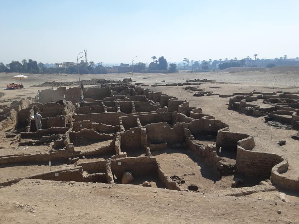 "Archeologists Discover 3,400-Year-Old ""Lost Golden City"" In Egypt"