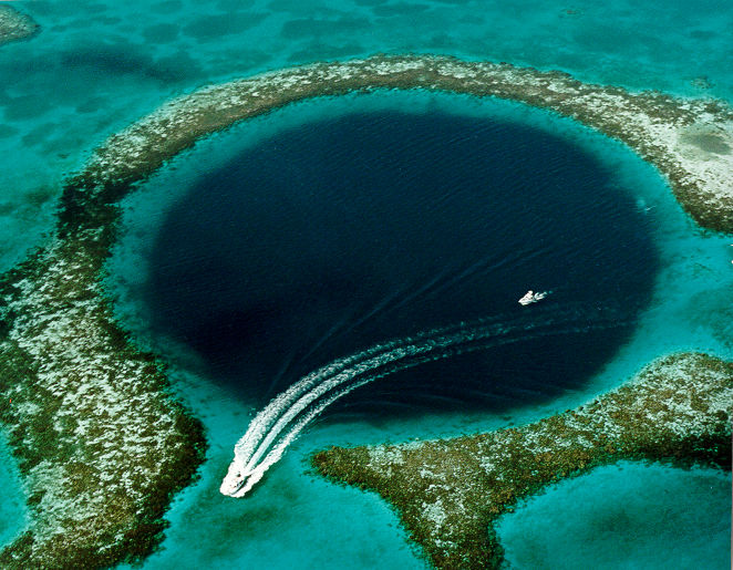 "Scientists Get Ready To Explore A 425-Foot-Deep ""Blue Hole"" Off Florida's Gulf Coast"