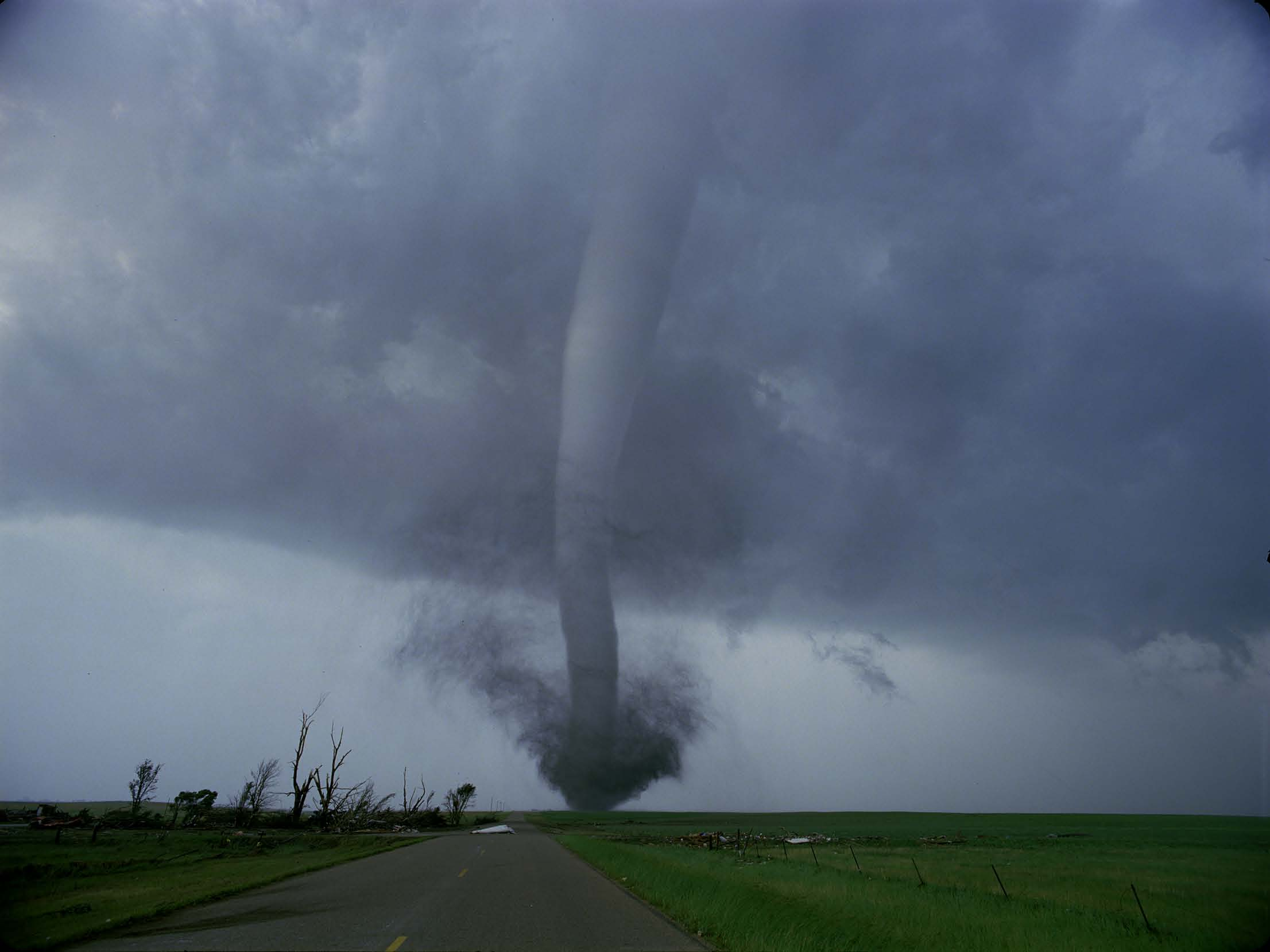 Can Giant Walls Deter The Formation Of Destructive Tornadoes? Kids News Article