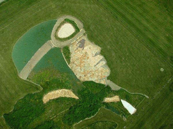 stan herd u0026 39 s latest crop art masterpiece is inspired by van gogh kids news article