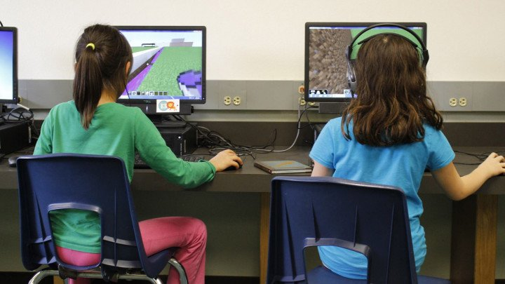 Minecraft May Finally Be Coming To US Schools Kids News Article