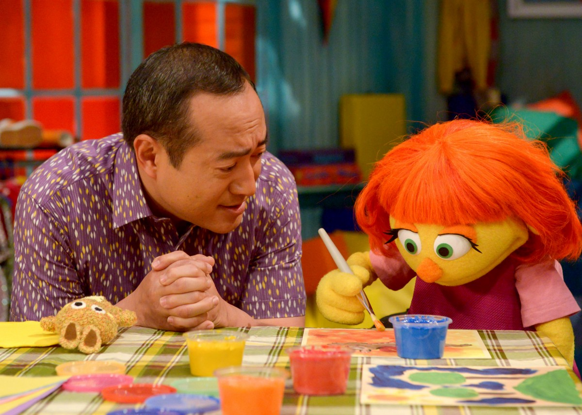 Julia, A New Muppet With Autism, Finds Her Way To Sesame Street Kids