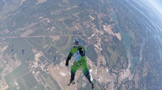 Veteran Skydiver Luke Aikins Makes History By Jumping 25,000 Feet Without A Parachute!