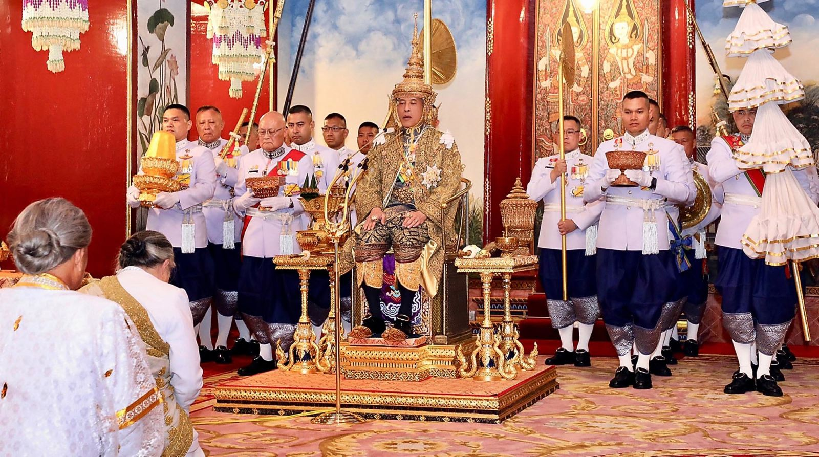 Thailand Officially Crowns King Maha Vajiralongkorn In An Elaborate Three-Day Ceremony