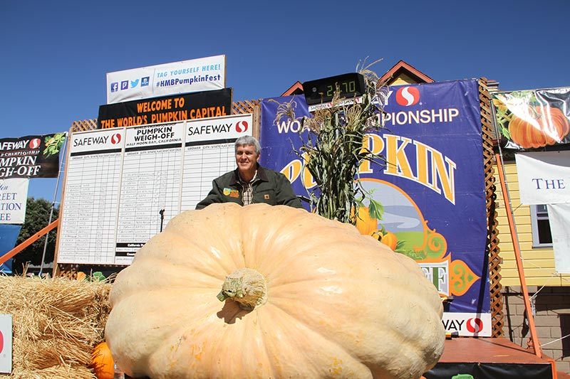 "Oregon Resident Wins ""Super Bowl"" of Pumpkin Weigh-Offs For The Fourth Time"