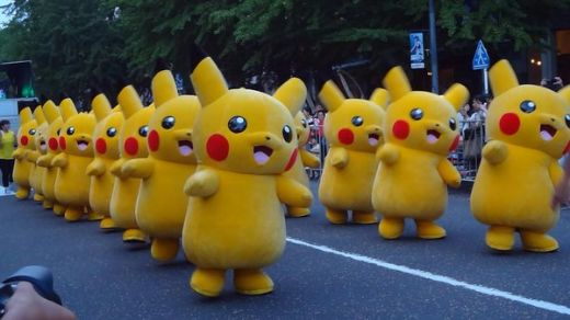 Thousands of Pikachus Take Over Japanese Streets