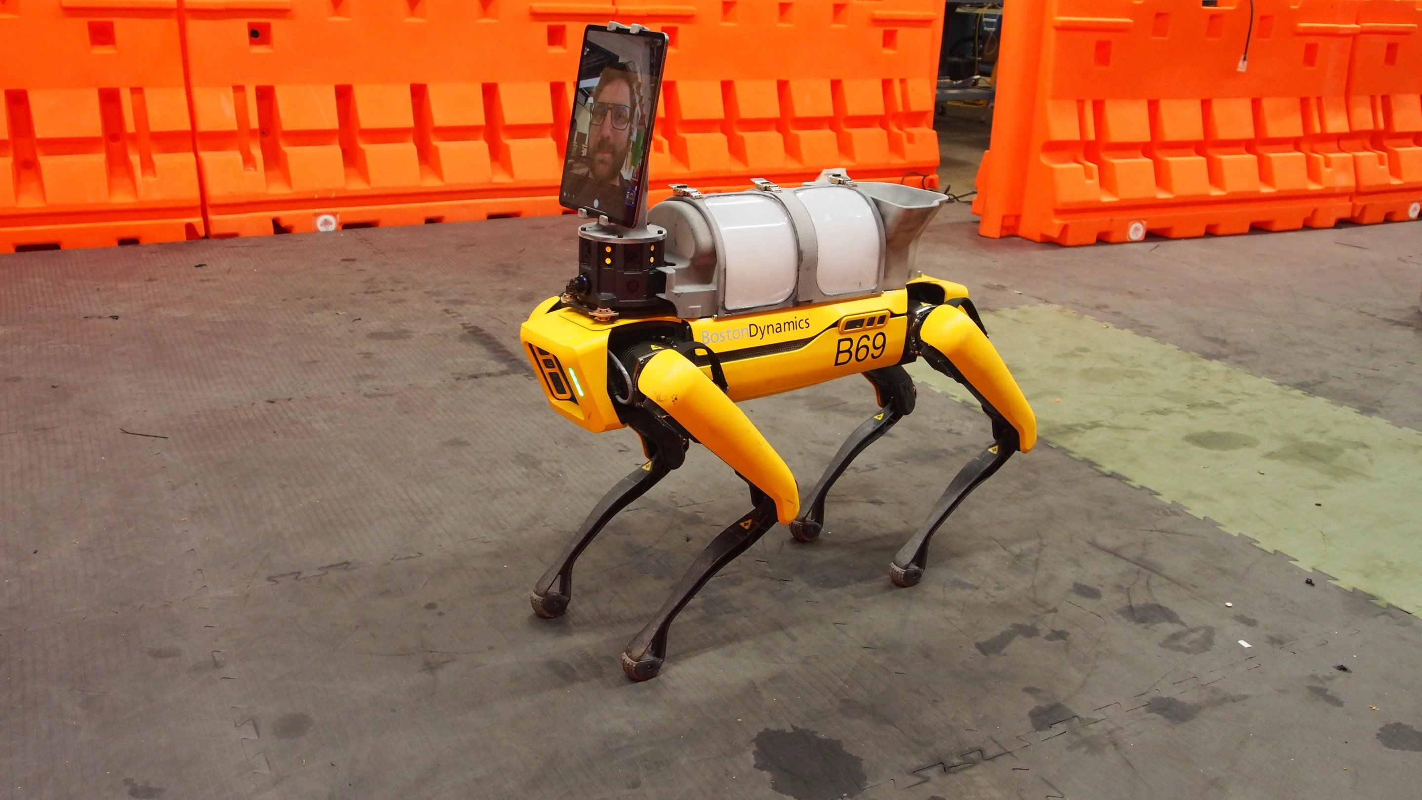 "Boston Dynamics' Robot ""Dog"" Joins The Fight Against COVID-19"