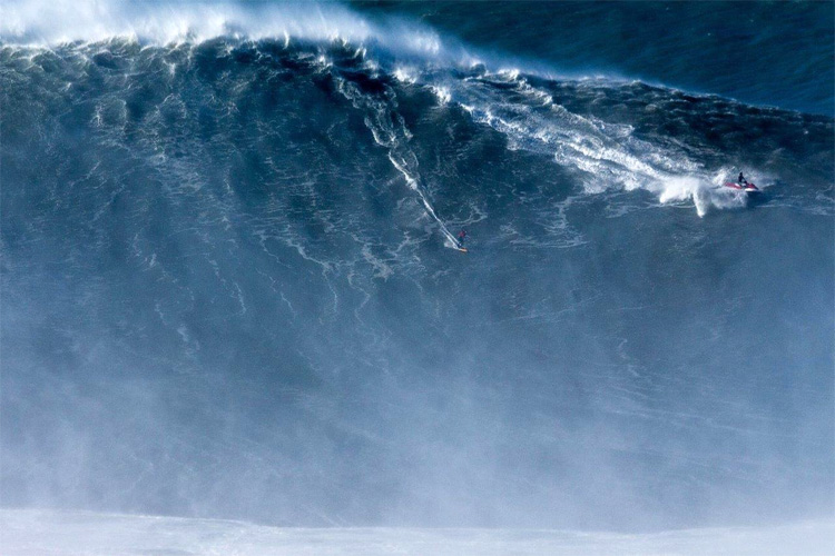 Brazilian Surfer Sets New World Record With 80-Foot Wave Ride in Portugal
